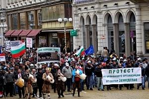 Протестът на зърнопроизводителите се отлага, за сега