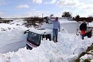 Обилните снеговалежи спират пролетната сеитба във Франция
