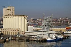 Казахстан се отказва от транзитни превози на зърно през Черно море