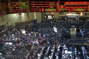 Зърнените пазари в Чикаго под натиск от силния долар
