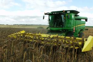 ЕК повишава добива от царевица в България, слънчогледа е без промяна